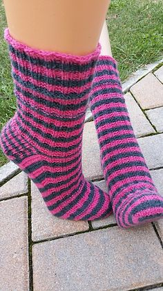 Free Knitting Patterns For Ankle Socks : free pattern Ravelry: Vanilla Latte Ankle Socks pattern by Fatma Seif Free ...