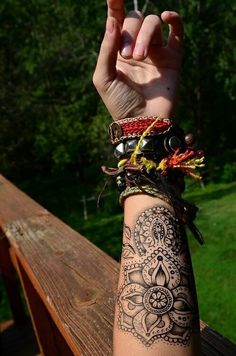 Forearm tattoo is a raging craze right now in both genders. To give your personality that funky edge and style, choose from the forearm tattoo ideas below. 1000 Tattoos, Love Tattoos, Beautiful Tattoos, Hippie Tattoos, Bohemian Tattoo, Indian Tattoos, Inner Forearm Tattoo, Forearm Tattoos, Body Art Tattoos