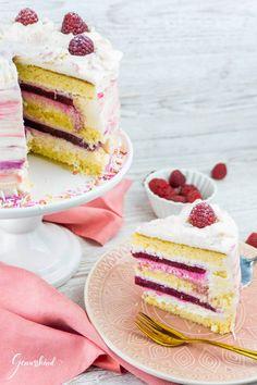 Raspberry and lemon cake - delight child Best Easy Dessert Recipes, Dessert Cake Recipes, Easy Cookie Recipes, Homemade Desserts, Easy Desserts, Elegant Desserts, Homemade Chocolate Chips, Food Cakes, Family Gatherings