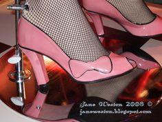 Rose Tyler, Idiot's Lantern - Fabric & Shoes! - Jack & Ginger CoJack & Ginger Co