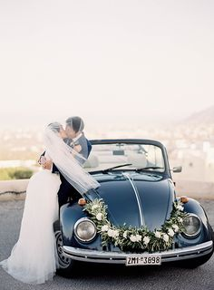 Simple and Stylish Wedding in Santorini