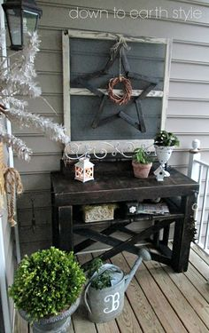 love this pallet console