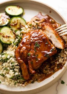You're just 12 minutes away from this Honey Garlic Chicken - juicy seared chicken breast smothered in the most incredible 5 ingredient Honey Garlic Sauce! Chicken Breast Recipes Healthy, Easy Chicken Recipes, Healthy Recipes, Spicy Recipes, Candy Recipes, Healthy Chicken, Baked Chicken, Veggie Recipes, Easy Honey Garlic Chicken