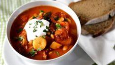 I na Slovensku je fazolačka velmi oblíbená. Chana Masala, Chorizo, Thai Red Curry, Food And Drink, Fresh, Chicken, Ethnic Recipes, Soups, Diet