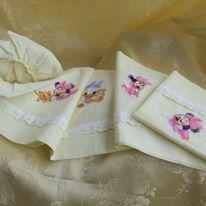 Biancheria da letto - lenzuolino culla cotone giallo - un prodotto unico di dorazimorena su DaWanda
