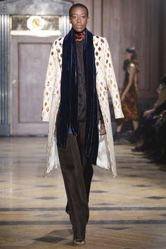 Sophie Theallet Fall 2016 Ready-to-Wear Fashion Show Sophie Theallet, David Koma, Gareth Pugh, Fall 2016, Ready To Wear, Fashion Show, Kimono Top, Fall Winter, Vogue