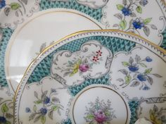 Vintage English fine porcelain dinnerware for Four by LesCurieux on Etsy