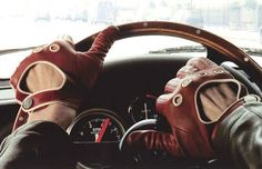 Essential Classics: Driving Gloves