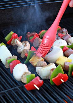 Hawaiian teriyaki shish kabobs two ways   Kitchen Treaty // A kicky Hawaiian teriyaki marinade coats colorful bell peppers, button mushrooms, sweet onion wedges, and fresh hunks of pineapple plus slices of Field Roast for the vegetarian or vegan; sirloin and chicken sausage for the meat-eaters. Serve over rice with more teriyaki sauce for a perfect one-recipe-two-ways meal.
