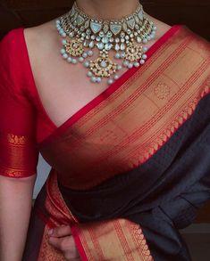 Silk Saree Blouse Designs, Saree Jacket Designs Latest, Modern Blouse Designs, Saree Jackets, South Silk Sarees, Saree Jewellery, Stylish Sarees, Trendy Sarees, Saree Trends
