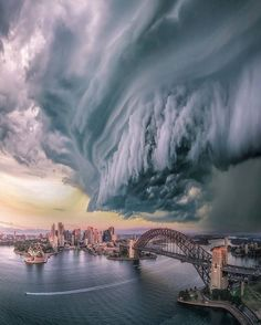15 dramatic photos of storms over iconic skylines - Vogue Australia Beautiful Sky, Beautiful World, Beautiful Places, Nature Pictures, Cool Pictures, Cool Photos, Storm Pictures, Beautiful Photos Of Nature, Storm Clouds