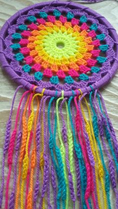 … мульт… The Effective Pictures We Offer You About Crochet top A quality picture can tell you many things. Crochet Mandala Pattern, Crochet Poncho Patterns, Crochet Doilies, Dream Catcher Patterns, Dream Catcher Craft, Crochet Home, Crochet Gifts, Crochet Baby, Crochet Wall Hangings
