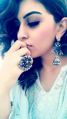 Hansika motwani  ✧ for more follow on INSTA @love_ushi OR PINTEREST @ANAM SIDDIQUI ✧