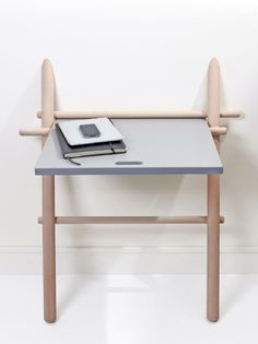 Small space? Laurent Corio presents Appunto, a space-conscious solution that serves as a #modern alternative to a writing desk