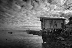 https://flic.kr/p/x86DMG | Blomsøya hut | Fishing hut on the island of Blomsøya, Norway