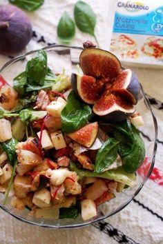 salata de pui cu mozzarella si fructe Mozzarella, Carne, Potato Salad, Potatoes, Ethnic Recipes, Food, Diet, Bon Appetit, Salads