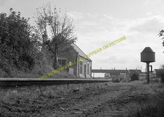 A photograph of the site of the Great Western & London & south Western joint Railway station at Easton. Great Western, Abandoned Places, Portland, Shed, Train, London, Plans, Memories, Model