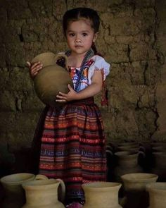 ❤️ Exquisite little girl Kids Around The World, We Are The World, People Around The World, Mexican Art, Mexican Style, Beautiful Children, Beautiful Babies, Maya Girl, Mexico People