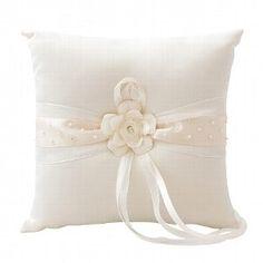 """Ringkissen """"Blüte"""", creme - das romantische Ringkissen zur Hochzeit ist das perfekte Accessoire für Ihre Eheringe"""
