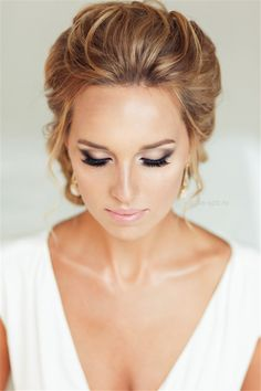 Wedding Hairstyles » Come and See why You Can't Miss These 30 Wedding Updos for Long Hair » Updos idas for Wedding hairstyles wedding makeup