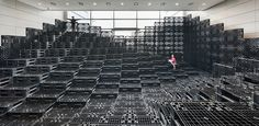 Tectonic Landscape with 1000 Recycled Pallets5