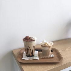 ImageFind images and videos about food, aesthetic and coffee on We Heart It - the app to get lost in what you love. Cream Aesthetic, Aesthetic Coffee, Brown Aesthetic, Aesthetic Food, Aesthetic Style, Aesthetic Pics, Cafe Food, Milk Tea, Coffee Break