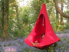 Cacoon Hanging Chair by Hang-In-Out