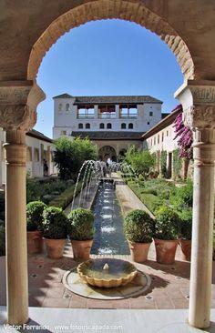Alhambra of Granada - Andalusia, Spain Alhambra Spain, Granada Spain, Wonderful Places, Beautiful Places, Travel Around The World, Around The Worlds, Places To Travel, Places To Visit, Andalucia Spain
