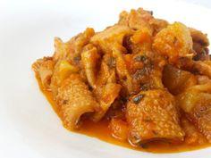 trippa-al-sugo-in-pentola-a-pressione-con-patate-5 Pork, Meat, Chicken, Ethnic Recipes, Anna, Kale Stir Fry, Pork Chops, Cubs