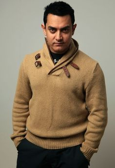 Aamir Khan Images #Aamir Khan #Bollywood Actor Sr K, Aamir Khan, Actors Images, Influential People, Indian Celebrities, Bollywood Stars, Best Actor, Mens Clothing Styles, Fashion Outfits