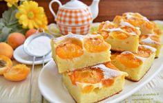Prăjitura cu iaurt și caise Romanian Desserts, Romanian Food, Sweets Cake, Desert Recipes, Food Design, Cake Cookies, Sweet Treats, Sweet Tooth, Deserts