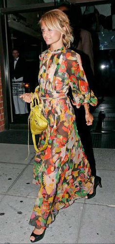 Nicole Richie Leaving Mr Chow Restaurant in Los Angeles August 23 2006