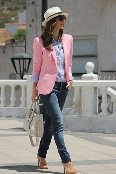 Discover and organize outfit ideas for your clothes. Decide your daily outfit with your wardrobe clothes, and discover the most inspiring personal style Rosa Blazer Outfits, Chic Outfits, Fashion Outfits, Preppy Mode, Preppy Style, My Style, Fashion Mode, Work Fashion, Casual Chic