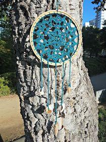 La ventana azul: 183.- Atrapasueños a crochet Washing Clothes, Wind Chimes, Pot Holders, Turquoise Necklace, Macrame, Outdoor Decor, Pattern, Dream Catchers, Handmade