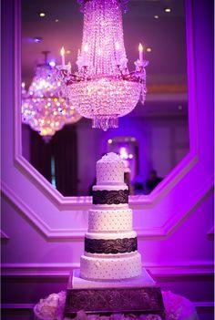 Lovely #weddingcake at this #uplighting #wedding #reception! #diy #diywedding #weddingideas #weddinginspiration #ideas #inspiration #rentmywedding #celebration #weddingreception #party #weddingplanner #event #planning #dreamwedding by @thebridelink