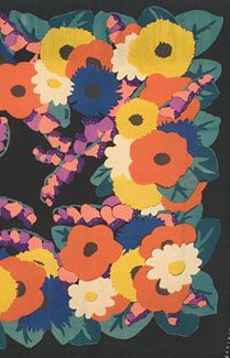 Deco silk print shawl, c.1925. Made from black silk crepe printed with larger-than-life stylized flowers, the brilliant shawl shows off the style in all its self-confident glory: elegant, bold, and optimistic. We can see the inspiration of Fauvism, where vivid colors and simple flattened shapes were the dominant motifs. The boldly graphic design plays changes on the geometric theme of the circle or disk.