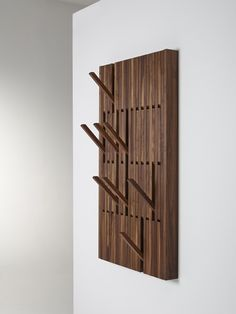Вешалка для одежды PIANO WALNUT by PER/USE дизайн Patrick Seha