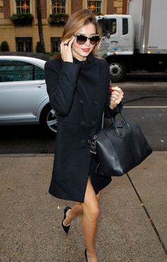 Love a smart Miranda Kerr in all-black