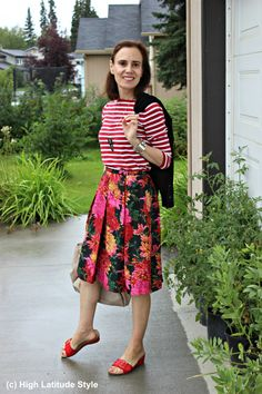 Fashionover Mature Woman In Summer Outfit With Stripes And Floral Print Fashion Tips For Women