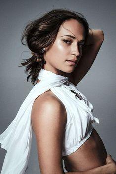 Alicia Vikander Hair, Alicia Vikander Style, Swedish Actresses, Polka Dot Bikini, Vogue Paris, Hair Designs, Hollywood, Celebs, Photoshoot