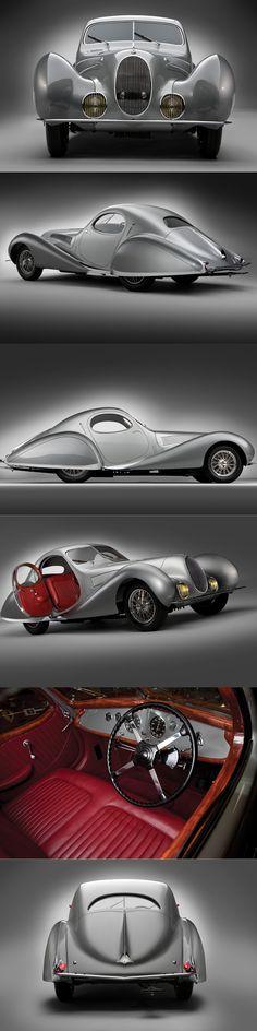 1938 Talbot-Lago T-150C-SS Teardrop Figoni et Falaschi / silver grey red / France / s/n 90112 / 17-328