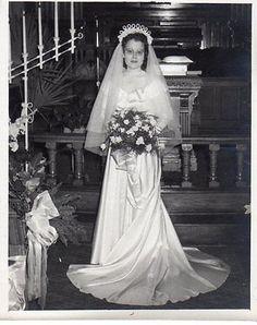 Vintage Original Photo Black White of Beautiful Bride, Wedding, Glasses, 1950's