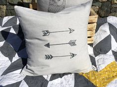 """Screen printed cushion cover 20x20"""", throw pillow cover gray grey arrows on natural"""