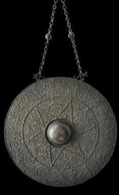 Tawak-tawak Brass Gong - Borneo, Sarawak, Brunei - Michael Backman Ltd Borneo, Decorative Objects, Art Nouveau, Art Gallery, Brass, Culture, Ceiling Lights, Lighting, Antiques