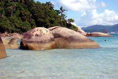 Praias brasileiras que são a cara do verão Vista da Ilha do Campeche, no litoral de Santa Catarina (foto: Rodrigo Soldon/Flickr-Creative Commons)