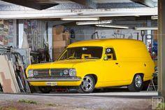 images of Don Mills' 1967 Holden HR panel van, as featured in issue 45 of Custom Utes magazine. Australian Muscle Cars, Aussie Muscle Cars, Peru, Holden Muscle Cars, Holden Australia, Utility Truck, Yellow Vans, Cool Vans, Custom Vans