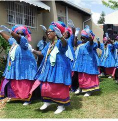 Sepedi Traditional Dresses, Traditional Wedding, African Print Fashion, Fashion Prints, African Dresses For Kids, Mo S, Wedding Outfits, Wedding Dresses, Wedding Ideas