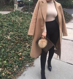Find images and videos about fashion, style and outfit on We Heart It - the app to get lost in what you love. Casual Fall Outfits, Winter Fashion Outfits, Fall Winter Outfits, Classy Outfits, Autumn Winter Fashion, Stylish Outfits, Fashion Shoes, Pastel Outfit, Mode Instagram