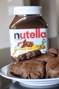 1 cup Nutella, 1 cup flour, 1 egg. Preheat oven to 350, then bake for 10 min...... Makes about 18 cookies