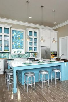 Contemporary Kitchen with Jamie Young St Croix Clear Glass Wide Pendant Light, Super White Quartz, Painted shaker cabinet
